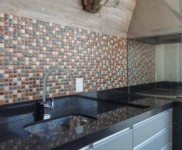 espaco-revestir-ambiente-gourmet-glass-mosaic-porcelana